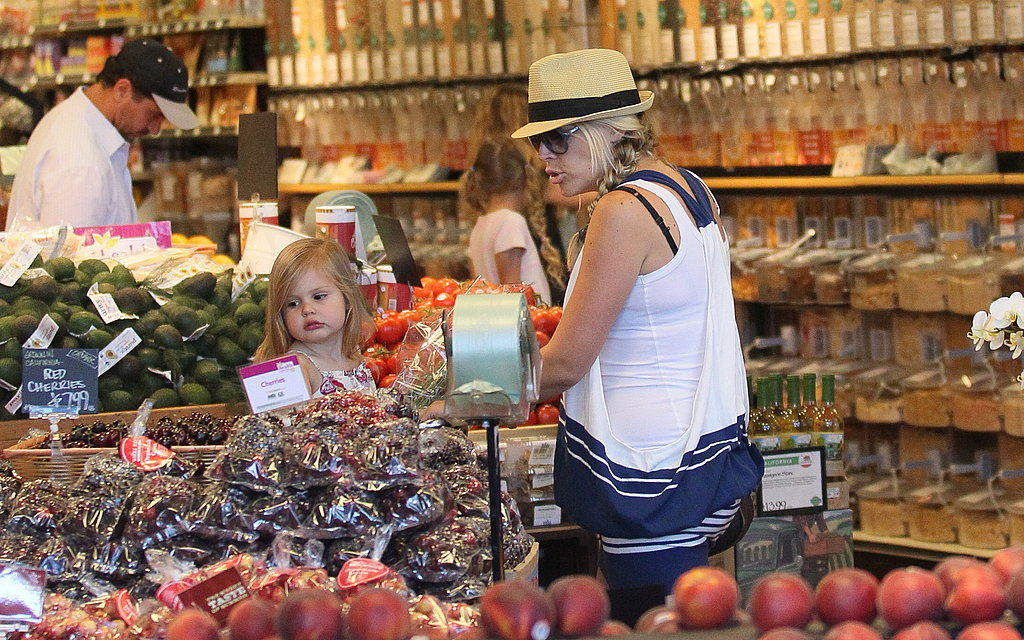 Busy Philipps and Birdie shopped at Whole Foods.