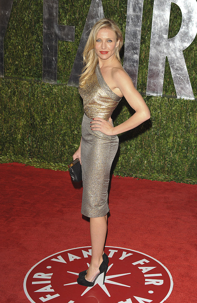 A glamazon in one-shouldered, metallic frock at Vanity Fair's post-Oscar bash in 2010.