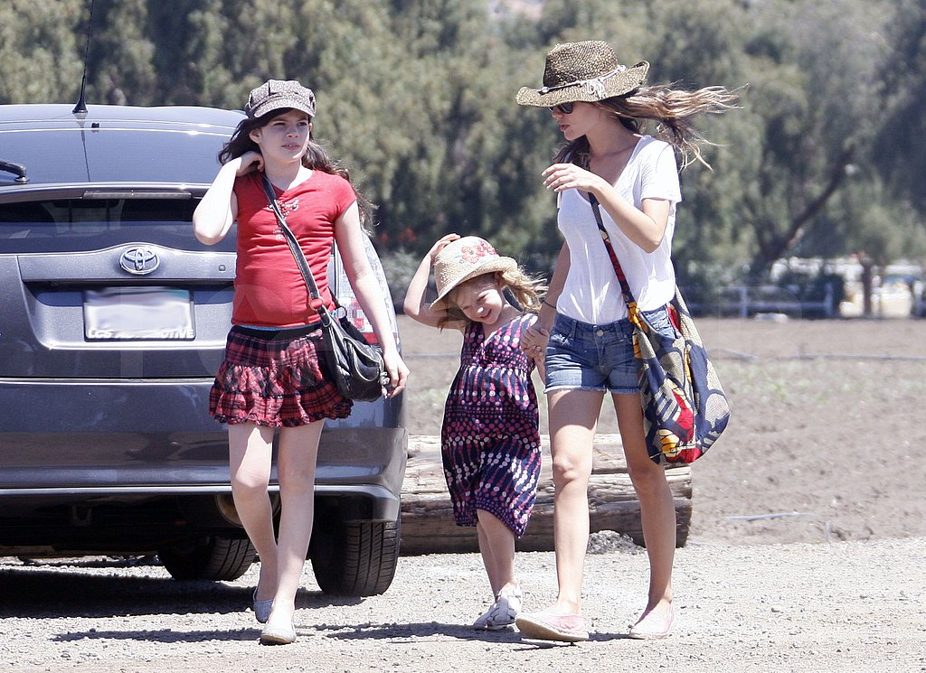 Rachel Bilson arrived at a farm with her little sisters Hattie and Rosemary.