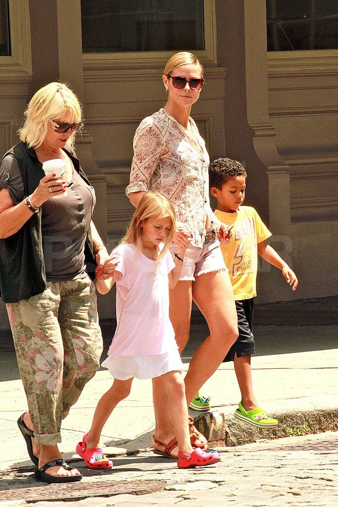Heidi Klum and her mom, Erna, crossed the street in NYC.