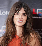 Penelope Cruz wore her hair down for the ceremony.
