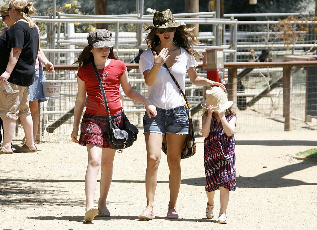 Rachel Bilson wore short denim shorts.