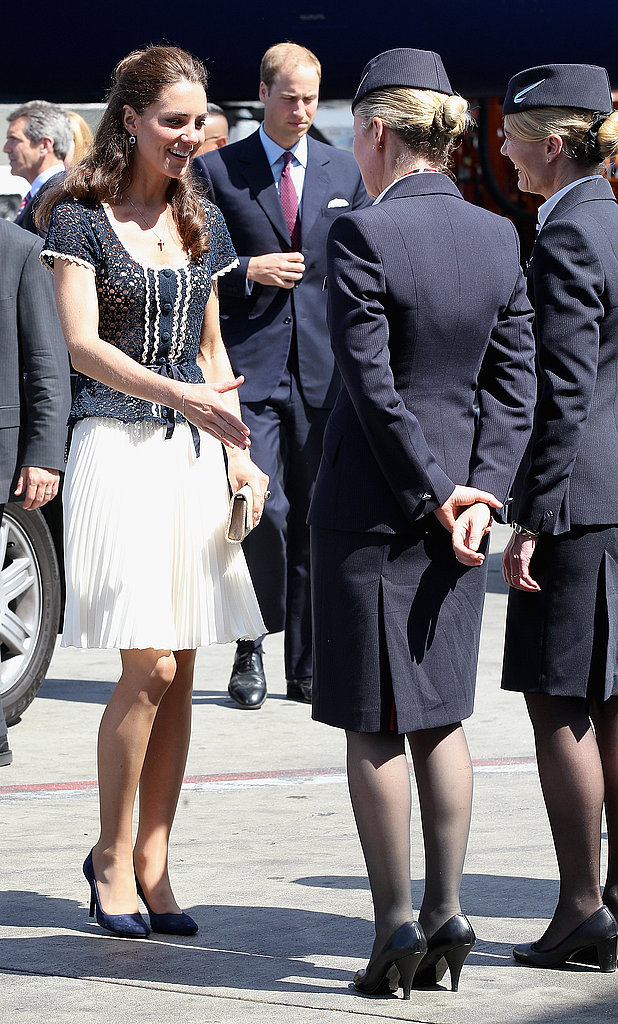 Kate Middleton boarding plane to leave LA.