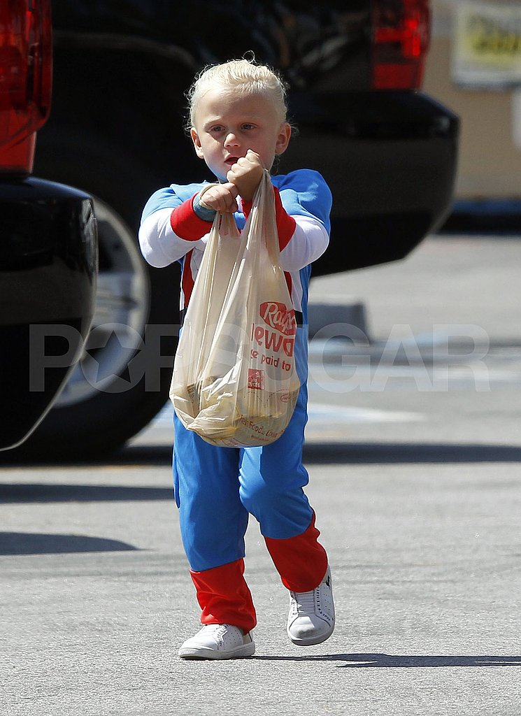 Gwen, Gavin, Kingston, and Zuma Get Patriotic With Costumes and Hair Dye