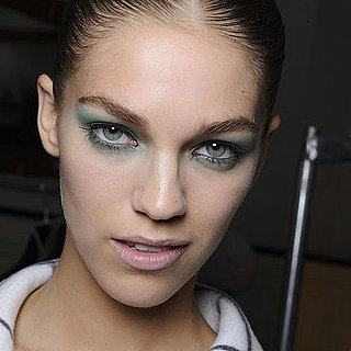 How to Wear Turquoise Eye Makeup