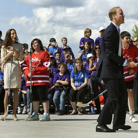 Prince William and Kate Middleton Playing Hockey in Canada