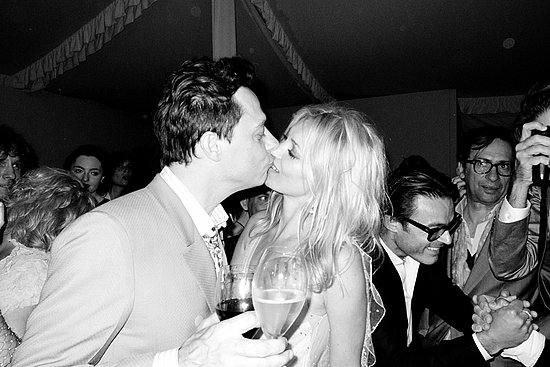 Jamie Hince and Kate Moss, just after cutting the cake