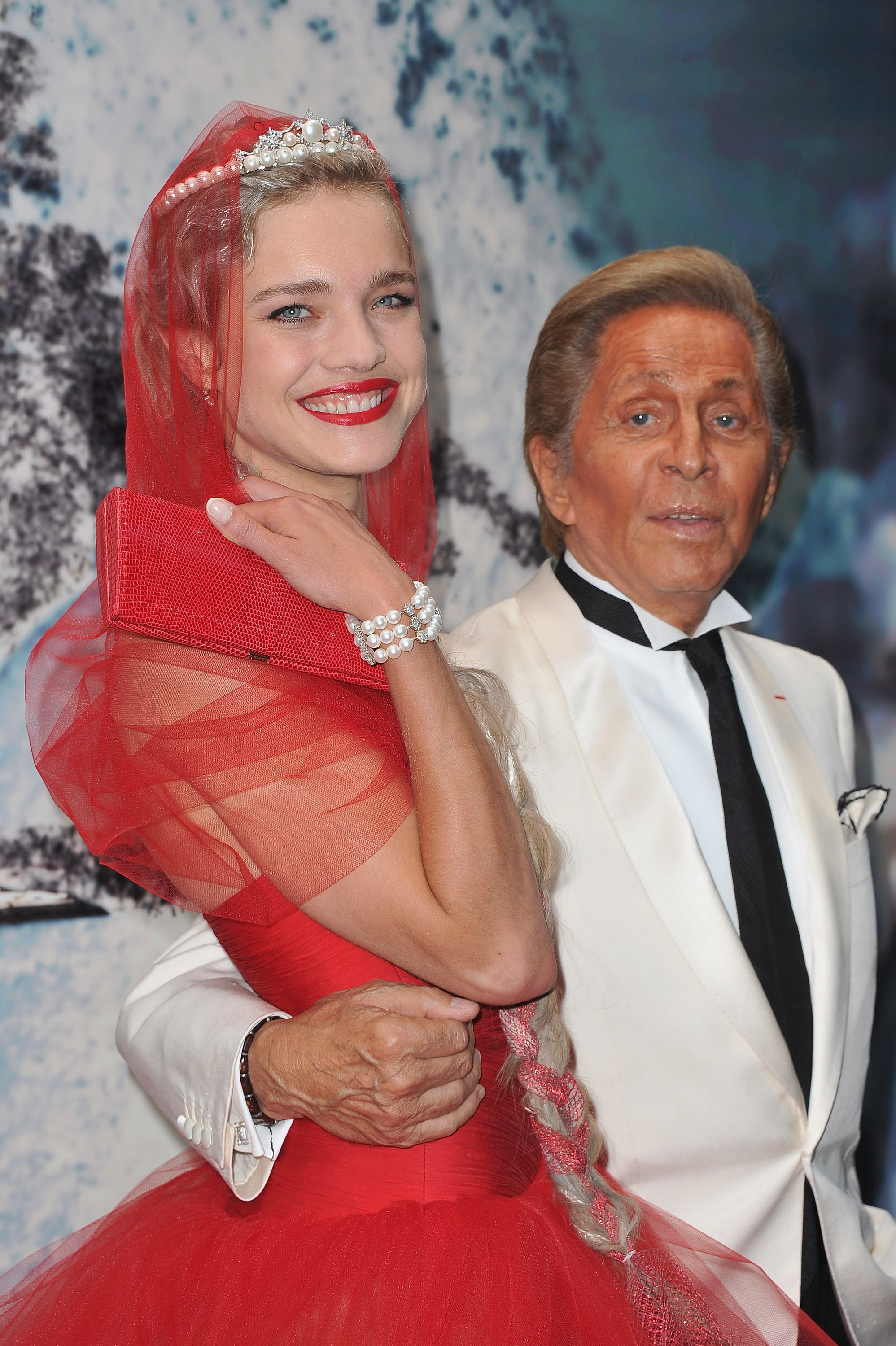 A closer look at Natalia and Valentino.