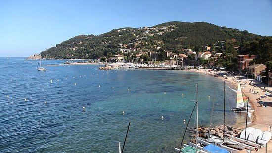 PopSugar's Hottest Celebrity Vacation Destinations: French Riviera