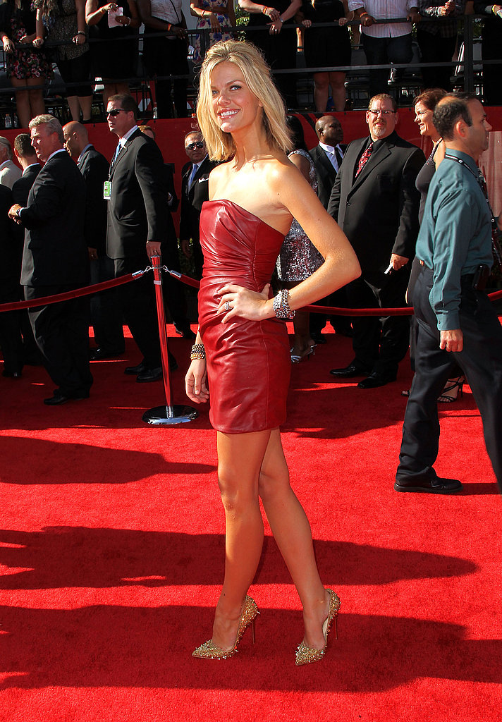 Brooklyn Decker looked red hot in a sexy mini.