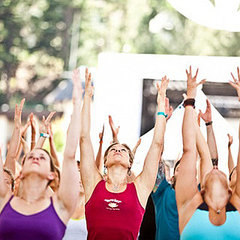 Free Outdoor Yoga in Chicago in July 2011