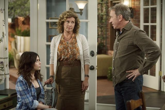 Alexandra Krosney, Nancy Travis and Tim Allen in ABC's Last Man Standing.  Photo copyright 2011 ABC, Inc.