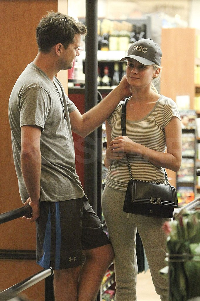 Diane Kruger and Joshua Jackson engage in PDA.