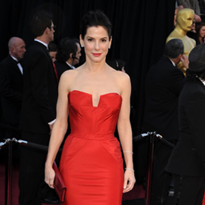 What Sandra Bullock Does to Look Young