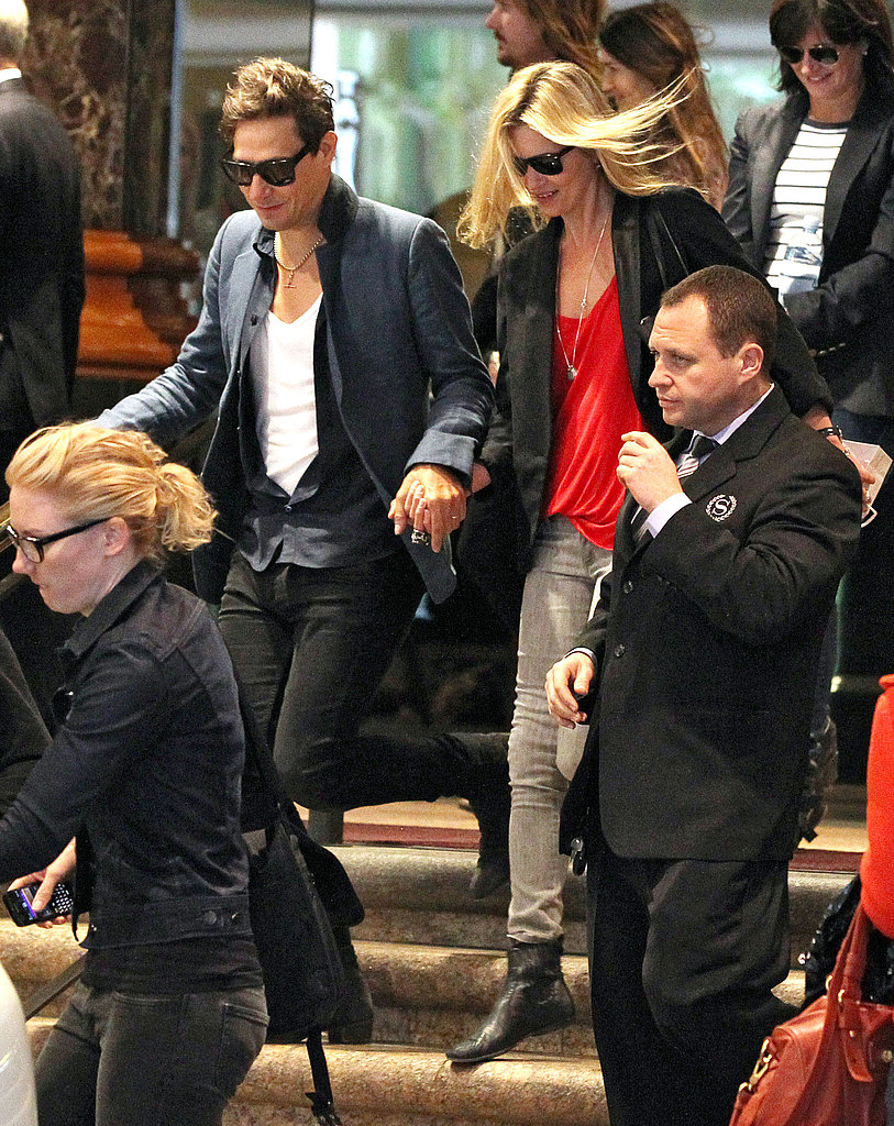 Kate Moss and Jamie Hince leave Sydney together for Melbourne.