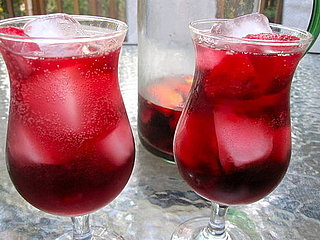 Strawberry-Peach Sangria Recipe 2011-07-29 12:58:13