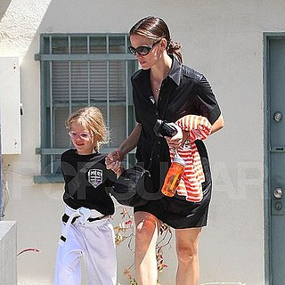 Jennifer Garner Pictures Taking Violet Affleck to Karate