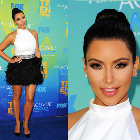 Kim Kardashian in white and black Givenchy at 2011 Teen Choice Awards