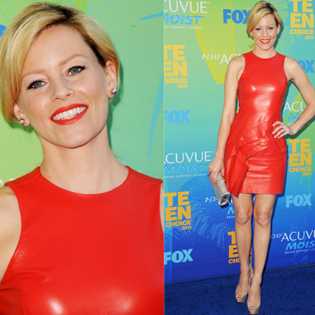 Elizabeth Banks at 2011 Teen Choice Awards
