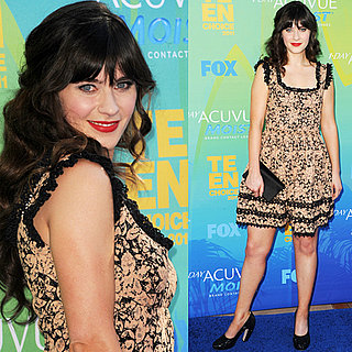 Zooey Deschanel at 2011 Teen Choice Awards