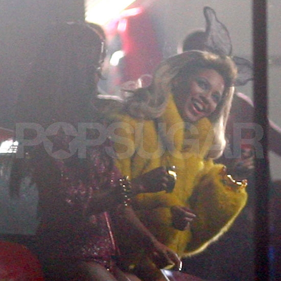 Beyoncé Has Kelly Rowland's Help to Shoot a New Video in a New Jersey Trailer Park