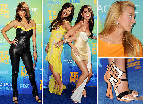 pictures of all the red carpet action at the 2011 Teen Choice Awards: See Selena Gomez, Rachel Bilson, the Kardashians and more!