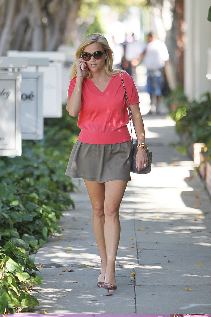 Reese Witherspoon out solo in LA.