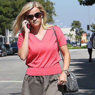 Reese Witherspoon Pictures Shopping at Chloe
