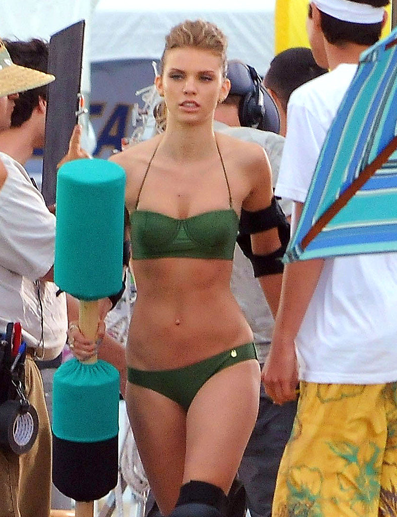 AnnaLynne McCord walked onto the set of 90210.