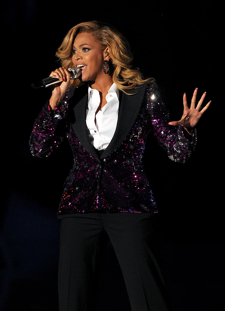 Beyoncé on stage at the 2011 MTV VMAs.
