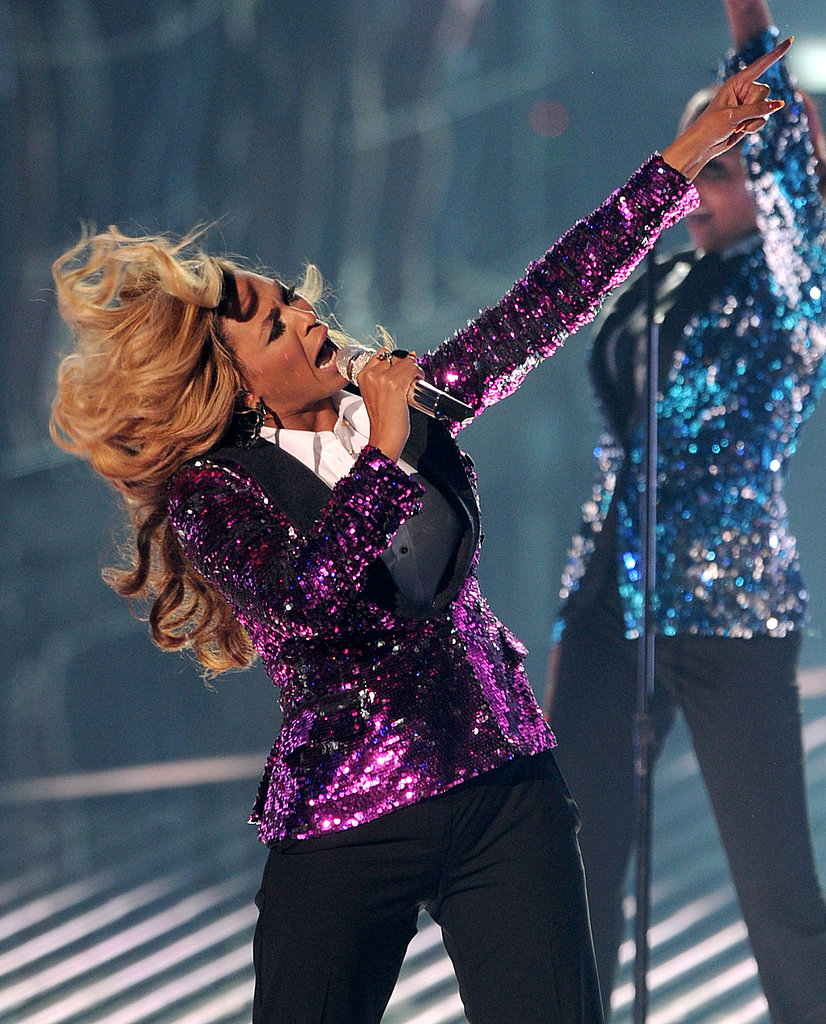 Beyoncé on stage at the MTV VMAs.