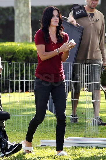 Courteney Cox arrived on the LA set of Cougar Town.