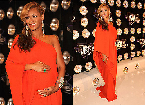 Beyonce Announces She's Pregnant at the 2011 MTV Video Music Awards