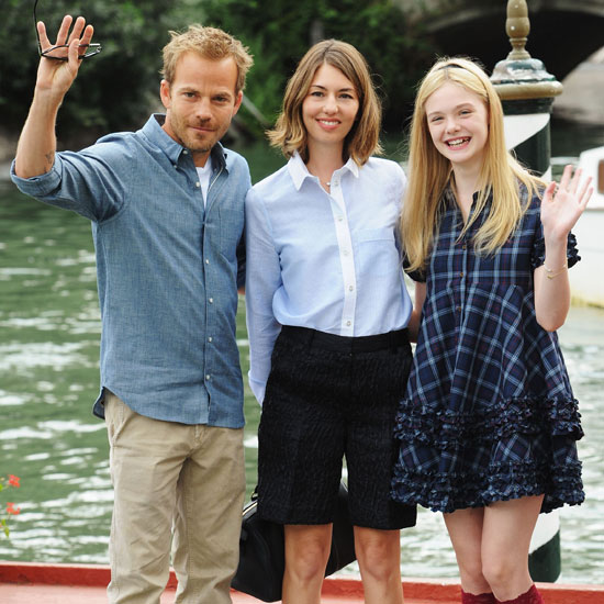Stephen Dorff, Sofia Coppola, and Elle Fanning waved for the cameras while promoting Somewhere in 2010.