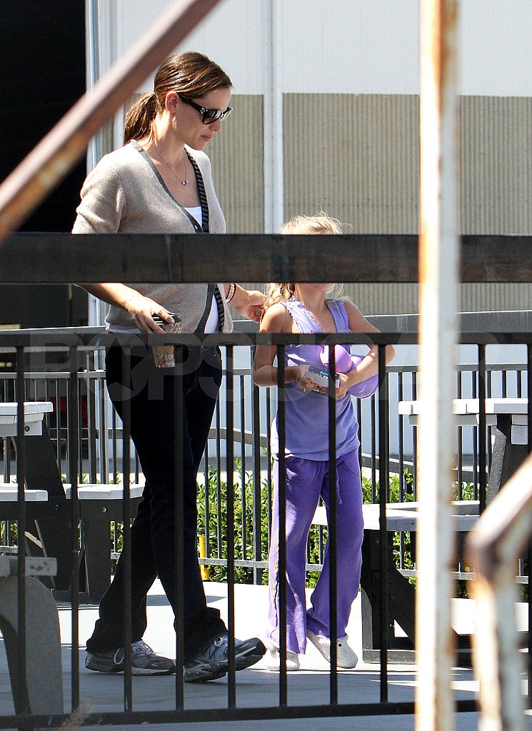 Jennifer Garner with daughter Violet Affleck.