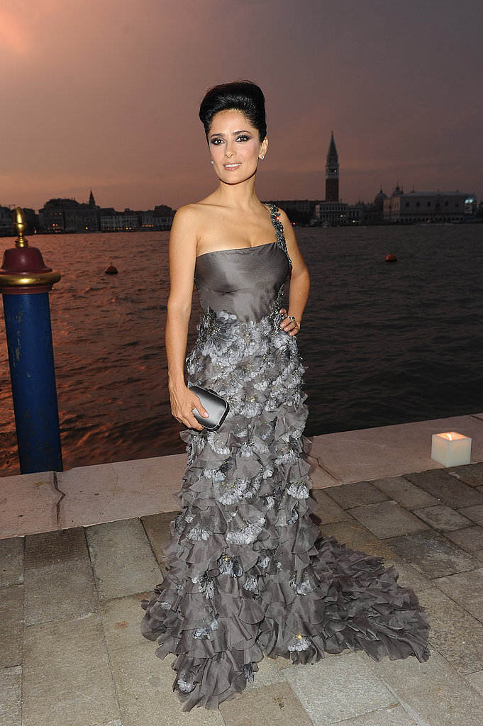 Salma Hayek arrived at dusk.