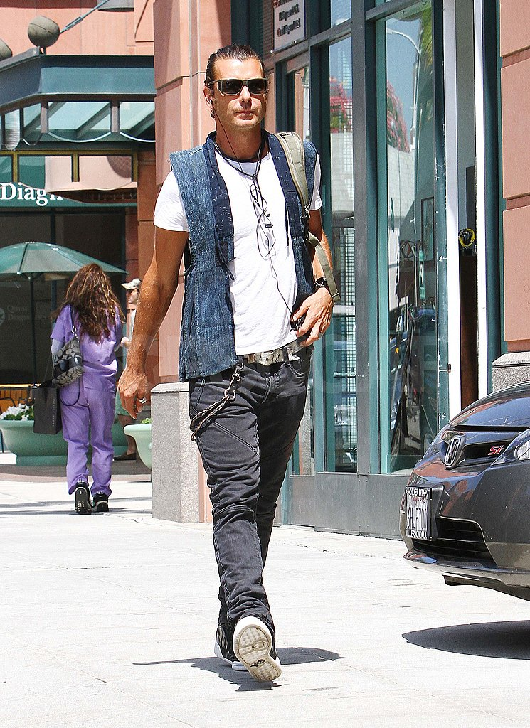 Gavin Rossdale out in LA.
