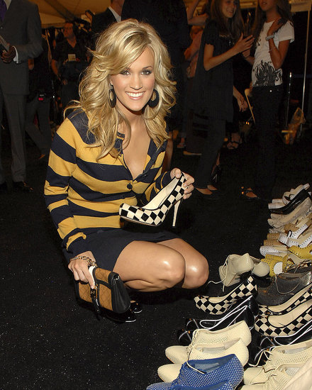 Carrie Underwood got a close-up look at L.A.M.B. accessories after the September 2007 show.