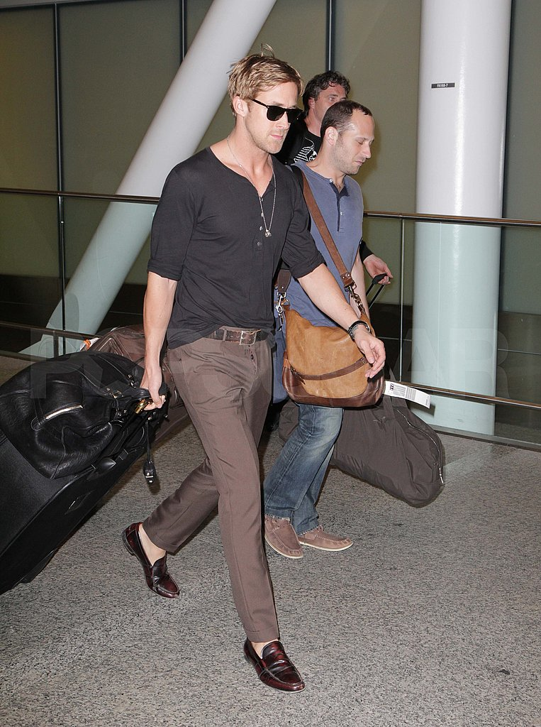 Ryan Gosling arrived in loafers at the Toronto Airport.