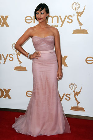 Rashida Jones, who stars in first-time nominee for best comedy Parks and Recreation, wore pink.