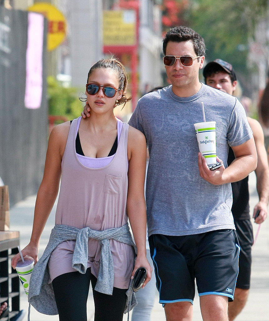 Cash Warren put his arm around Jessica Alba.