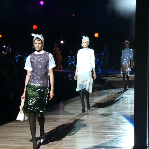 Marc Jacobs Spring 2012 Runway video