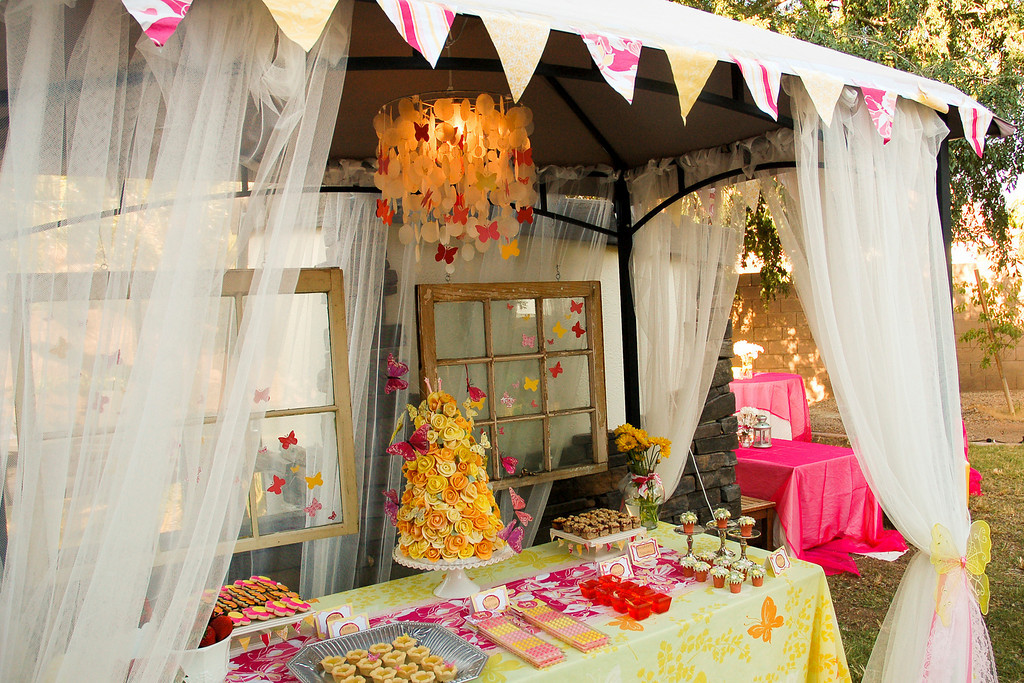 The Sweets Station