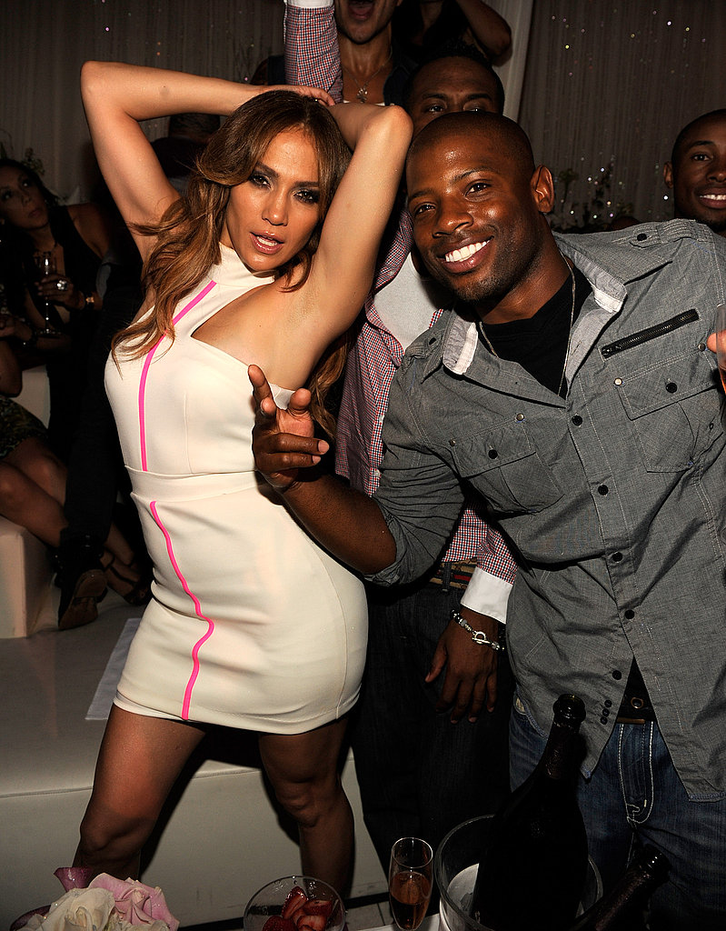 J Lo danced at Pure with her entourage.