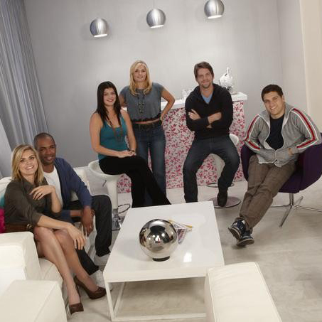 Happy Endings Season Two Pictures