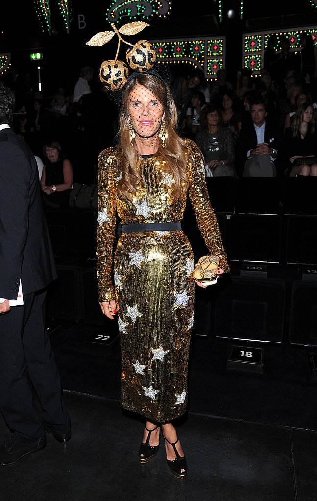 Anna Dello Russo showed off her Dolce & Gabbana stars and standout headgear at the brand's runway show.