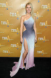 Gwyneth showed off her stems in this ombre Atelier Versace at the 2010 CMAs.