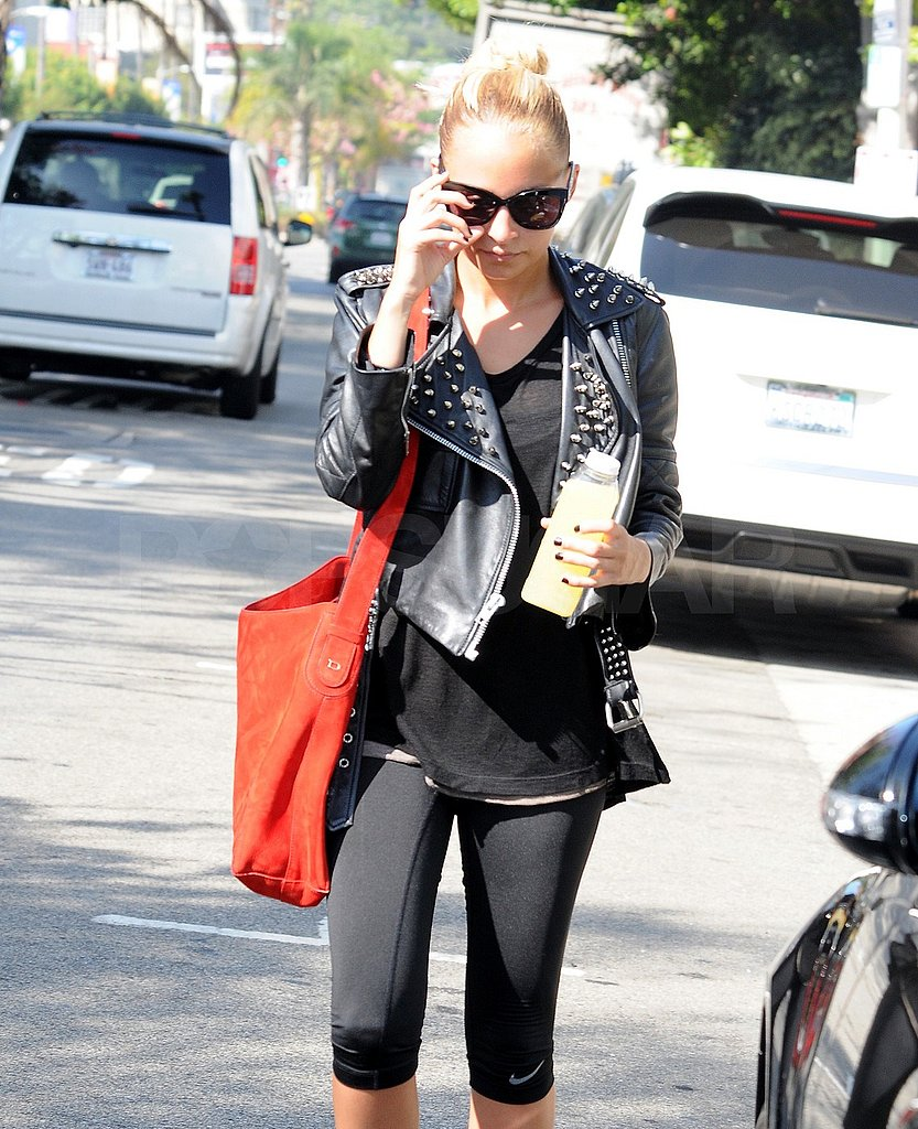 Nicole Richie arrived at her LA gym carrying her favorite juice.