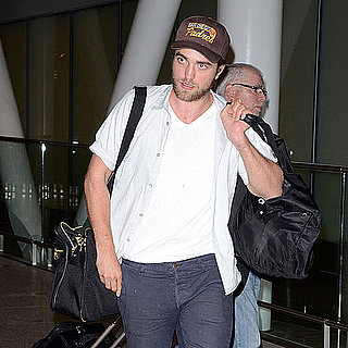 Robert Pattinson Pictures Arriving in Toronto