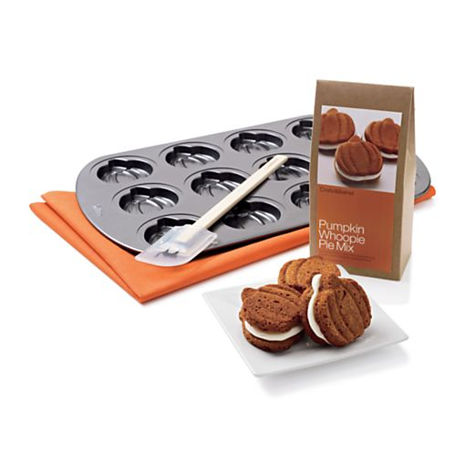 Pumpkin Whoopie Pie Tray and Mix